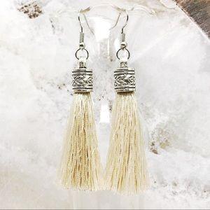 Jewelry - BOGO💫New!🌟Tibetan Silver Almond Silky Tassels
